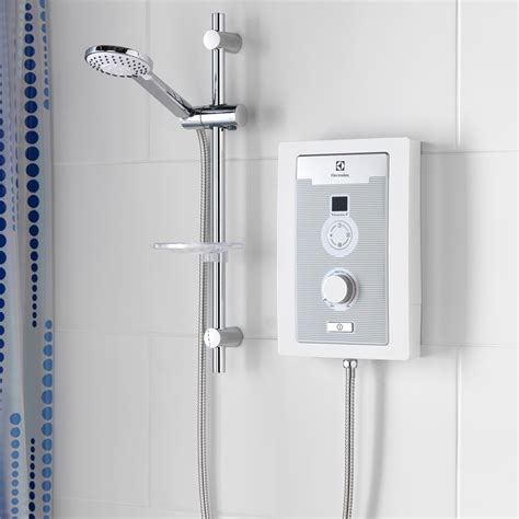Plumbing An Electric Shower by Electrolux Aquacomfort 8 5kw Electric Shower