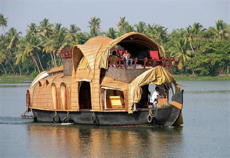 kerla house boat activities to do in kerala ayurvedic massage