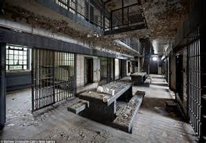 worst prisons doing time the crumbling prisons that once housed america