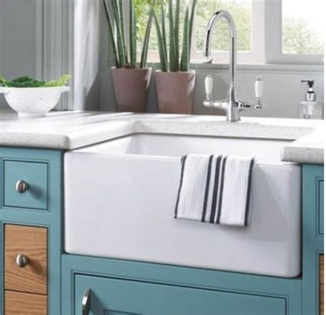 24 quot 24 inch fireclay farmhouse apron kitchen sink white