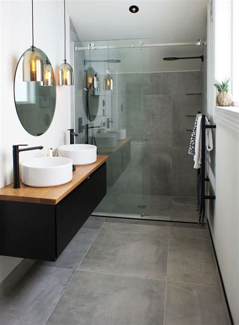 What Is A 75 Bathroom by Best 25 Grey Tiles Ideas On