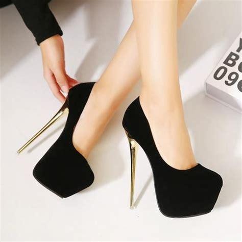con tacones y a 8416489491 1000 ideas sobre tacones altos en zapatos negros de tac 243 n zapatos de tac 243 n negros