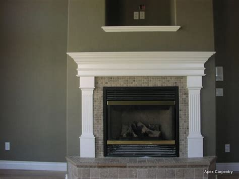 White Wood Fireplace Mantel by 1000 Ideas About White Fireplace On White