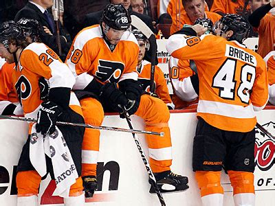 flyers bench rich hofmann flyers game 2 play can t get much worse