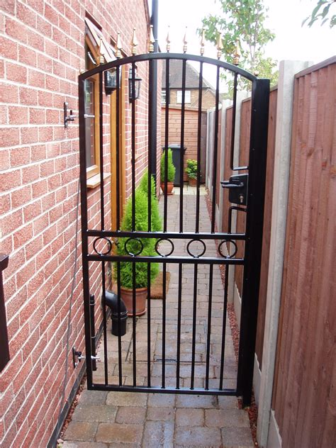 wrought iron gate get a custom made wrought iron gate in nottingham