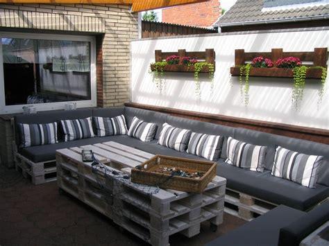 europaletten balkon 60 wohnideen mit europaletten palettenm 246 bel selber bauen