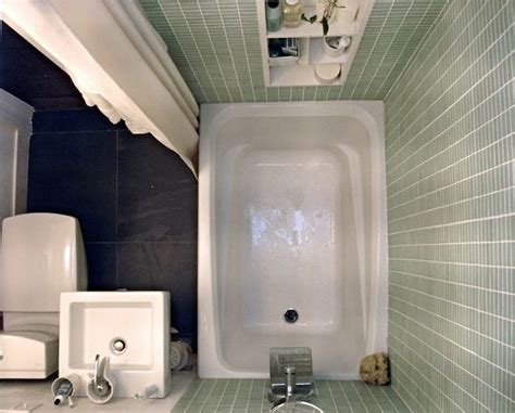 Smallest Bathtub Available by Best Sources For Small Bathroom Renovations Shopping Guide