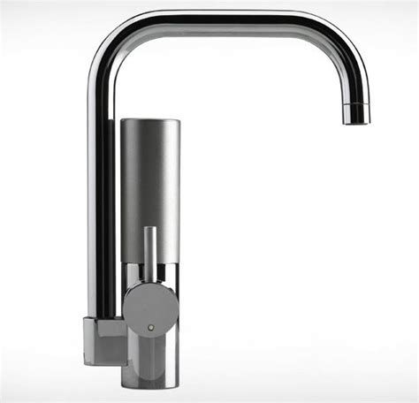 mywell filter faucet puts all the components above counter