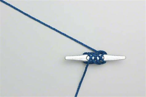 boat dock cleat knot cleat hitch how to tie the cleat hitch for a dock line