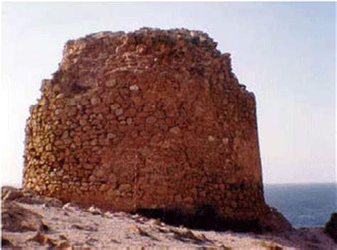 pirámide de base cuadrada ataques y sistemas de fortificaci 243 n en las marinas