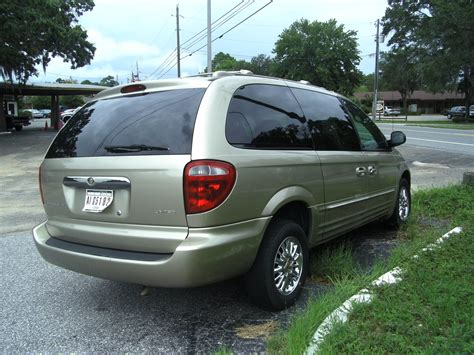 Chrysler Town And Country 2002 by 2002 Chrysler Town Country Limited Fwd Chrysler Colors