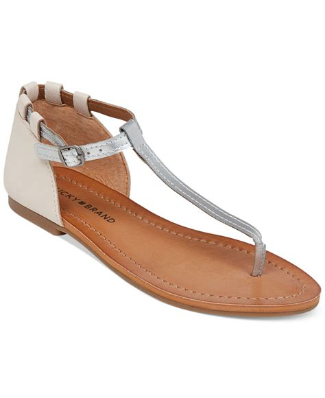 t sandals lyst lucky brand ezzra t flat sandals in