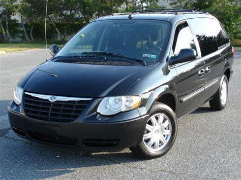 Chrysler Town And Country Stow And Go Seats by Buy Used 2005 Chrysler Town And Country Touring Dvd Stow