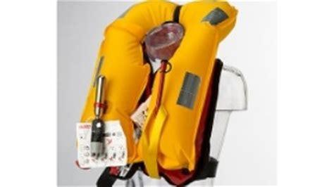 reddingsvest baby verplicht reddingsvesten zwemvesten kind baby peuter of verplicht