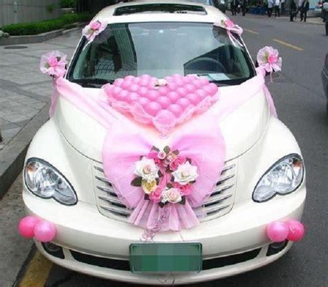 attention grabbing wedding car decoration ideas