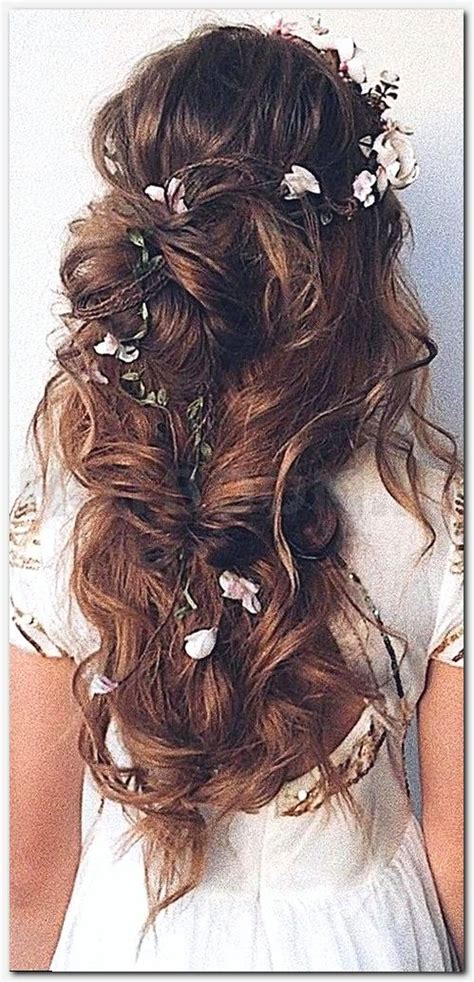 Wedding Hairstyles For Really Thin Hair by 25 Best Ideas About S Haircuts Curly On