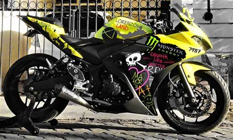 Spakbor Custom Japstyle Hitam Lish Pendek modifikasi yamaha r25 yellow energy lorenzo s