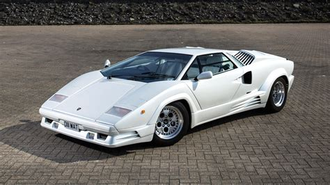 crashed lamborghini countach 100 crashed white lamborghini there u0027s a