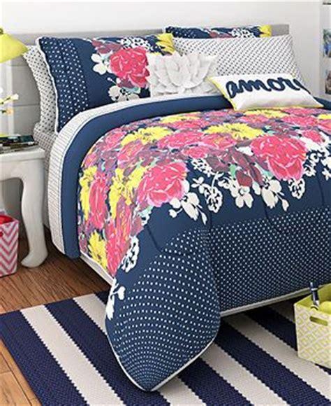seventeen comforter seventeen bedding chloe garden twin comforter set bed