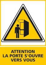 danger panneau picto message vertical attention la porte
