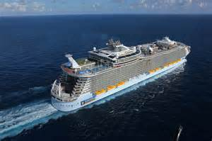 largest cruise ships in the world the world s largest cruise ship of the seas
