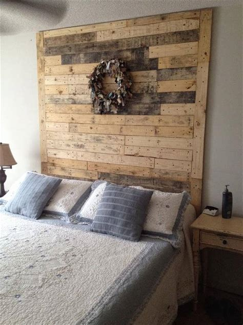 Diy Headboard Pallet by 40 Recycled Diy Pallet Headboard Ideas 99 Pallets