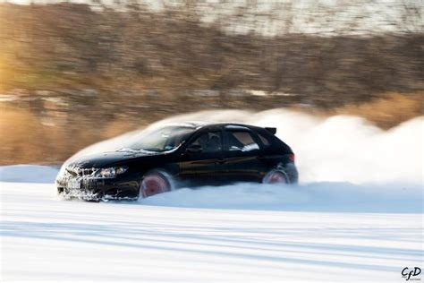 subaru drift snow subaru wrx sti snow drift cars vroom pinterest