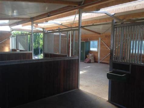 stall zu verpachten vermiete einen neuen pferdestall 3 pferdeboxen sind