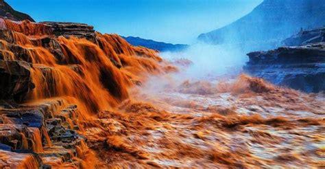 chinas  beautiful  waterfalls zhangjiajie tourism