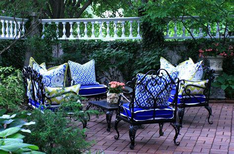 Gartendeko Blau by Terrasse Garten Mit Gartendeko In Blau Freshouse