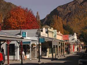 Houses With 4 Bedrooms Arrowtown Accommodation Guide Nz Holiday Homes Nz