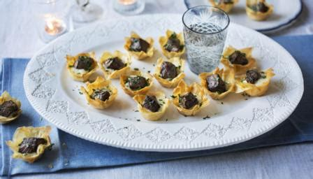 berry canapes food recipes mini beef wellington tartlets