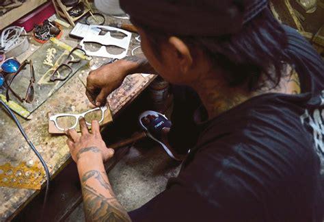 Cermin Malang bingkai cermin mata bekas penagih harian metro