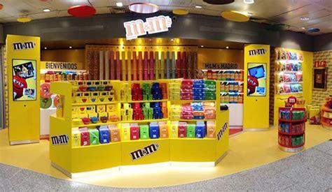 tiendas el corte ingles en madrid el corte ingl 233 s abre 3 tiendas de m m s en sus centros