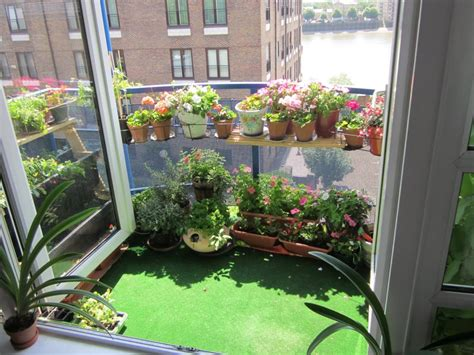Backyard Balcony Ideas by Best Small Balcony Garden Ideas Home Design Ideas