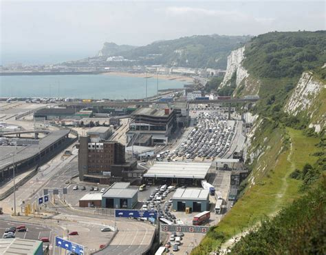 Dover Background Check Traffic Chaos In Dover Pictures Pics Daily Express