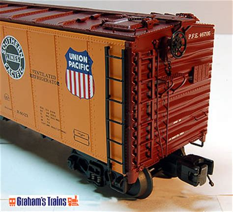z fruit express great savings on lionel mth atlas o more