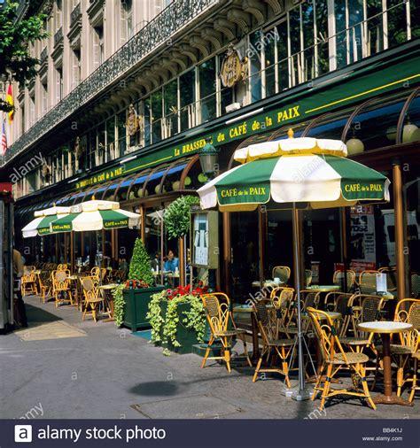 en cafe de la empty seats outside the cafe de la paix paris france stock