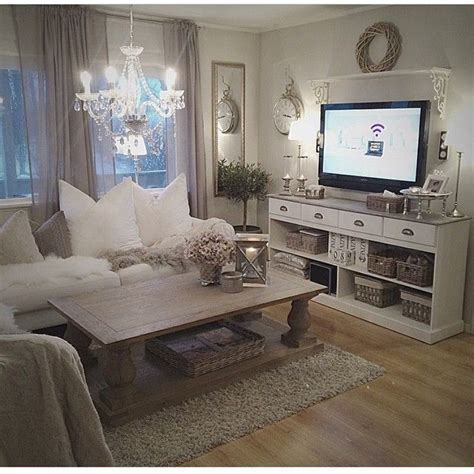 chic living rooms best 25 shabby chic living room ideas on pinterest chic