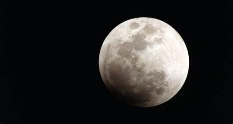 descargar libro magnificent desolation the long journey home from the moon 191 a qu 233 huele la luna