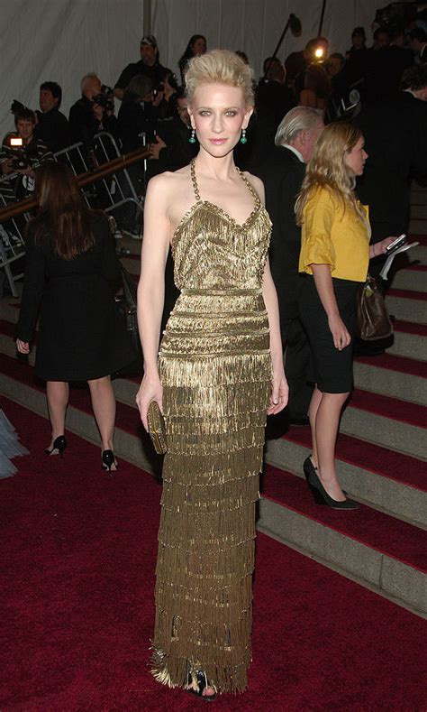 Carpet Trend Of 2007 by Met Gala Show Stopping Gowns The Years Photo 4