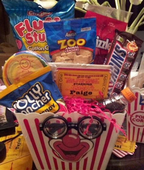 Themed Basket Ideas - circus theme gift basket cakes and bouquets