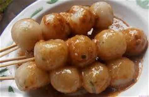 membuat cilok rasa daging jajanan tradisional khas jawa barat klikhotel com