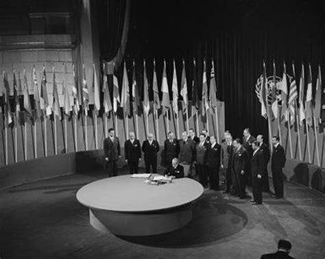 el repudio internacional el fin aislamiento y el