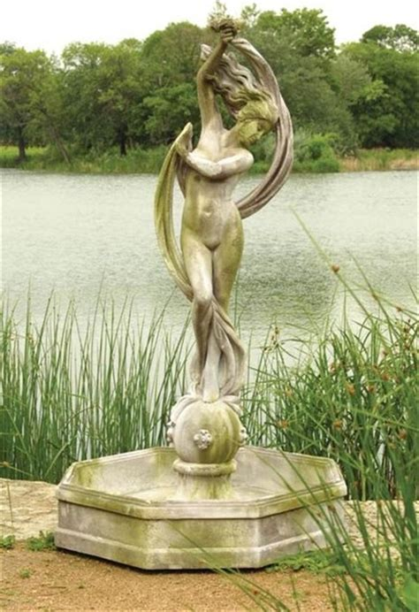 Lawn Garden Statues by Water Venus Garden Statues And Yard