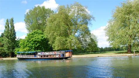 thames river cruise oxford oxford boat hire locations prices river cruises