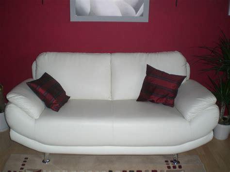 bader möbel wohnzimmer einrichtung wohnen wandfarbe blau grau