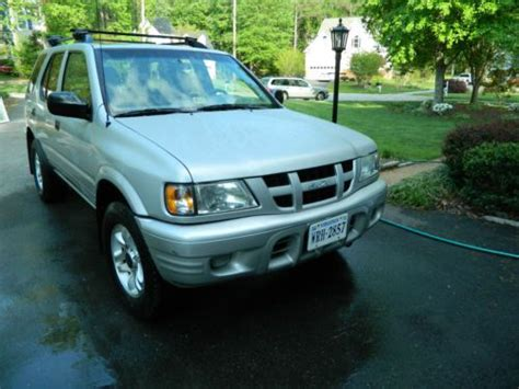 buy car manuals 2004 isuzu rodeo spare parts catalogs buy used 2004 isuzu rodeo 4x4 low miles 3 5l engine towing package excellent 1 owner in