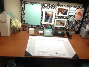 office cube ideas office cubicle makeover for the home pinterest