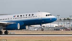 united airlines in yet another customer service united airlines apology email addresses customer as mr